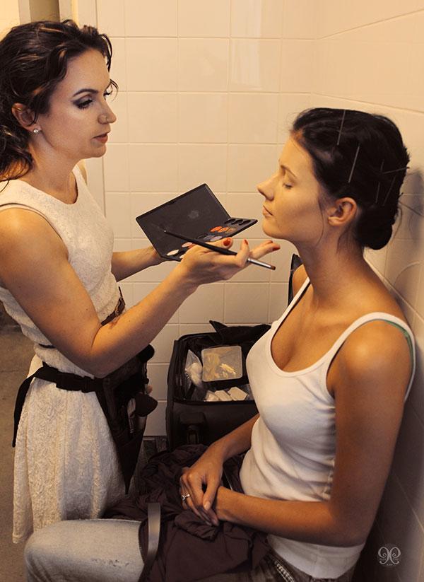 Amanda Bond Makeup.